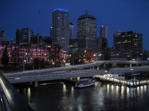 Casino & city (du Victoria Bridge)